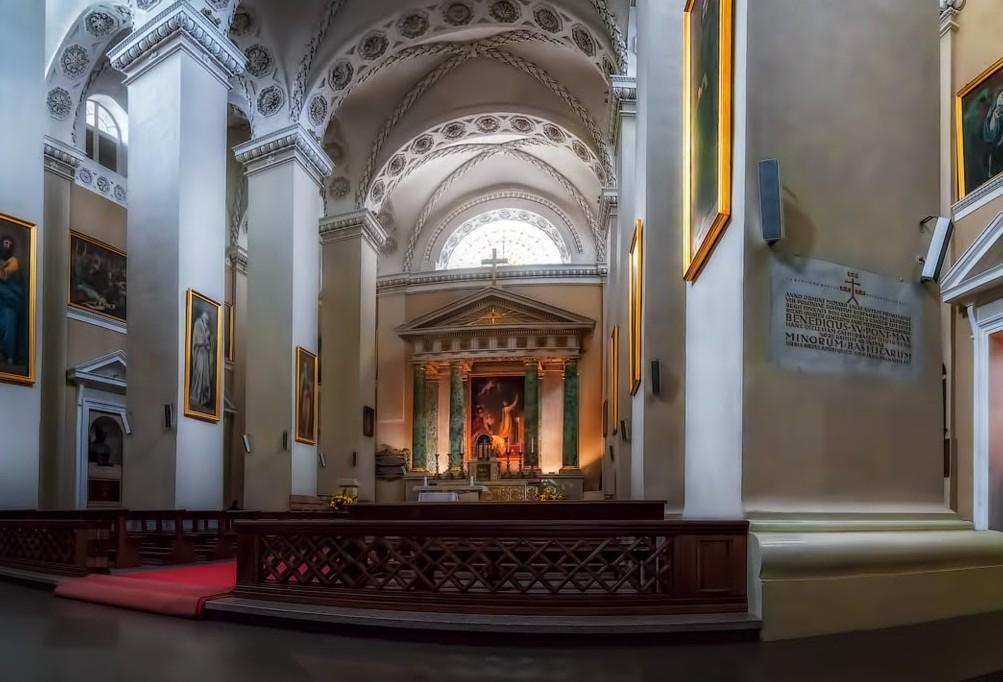 Божественная красота внутри собора