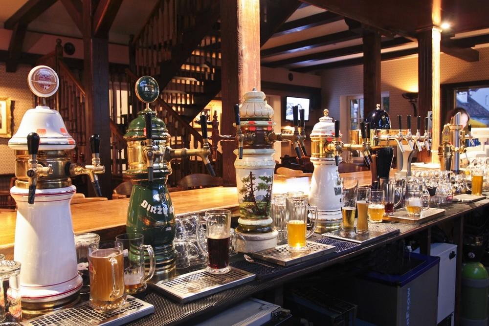 Пиво в ресторане Old green house