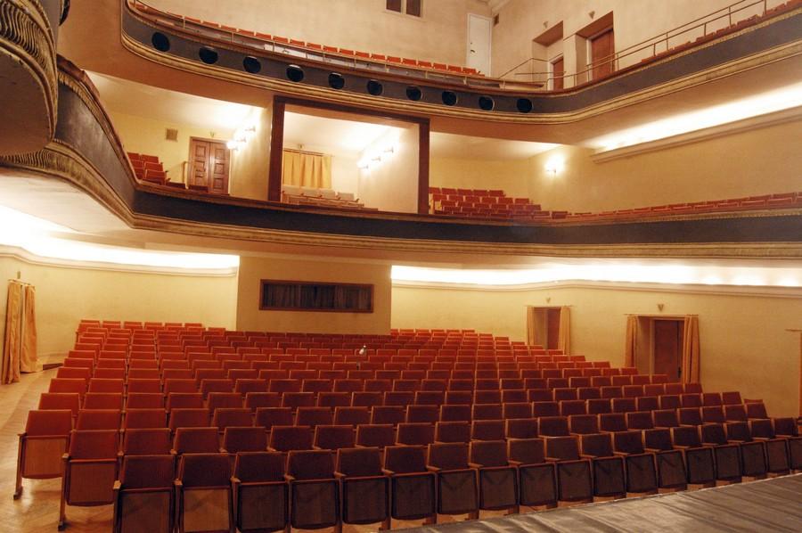Зал русского драматического театра, Вильнюс
