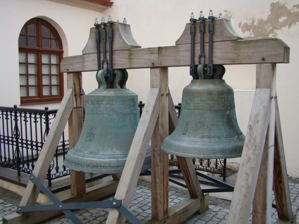 Костел Святого Михаила, колокола, Вильнюс