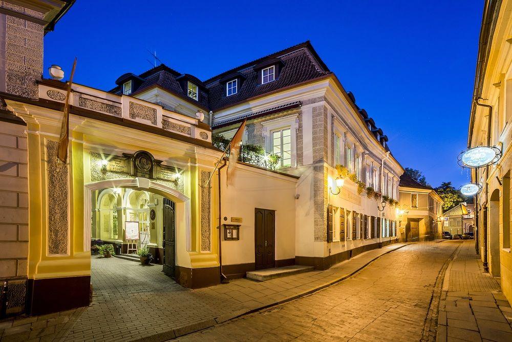 """Отель """"Шекспир"""", Ресторан """"Сонеты"""", Бар """"Глобус"""", Вильнюс"""