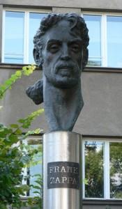 Памятник Френку Заппе, Вильнюс