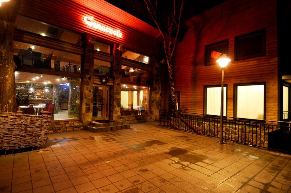 Genacvale (Генацвали) - грузинский ресторан с отелем и баней, Вильнюс